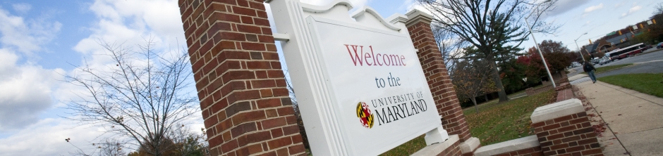 Welcome to the University street sign